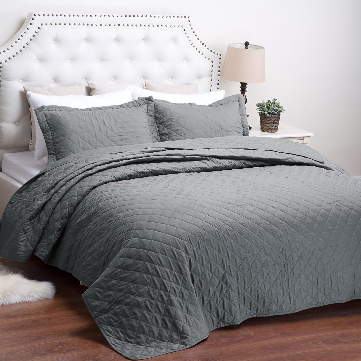 Bedsure Quilt Set Solid Grey Twin (Multiple Colors)