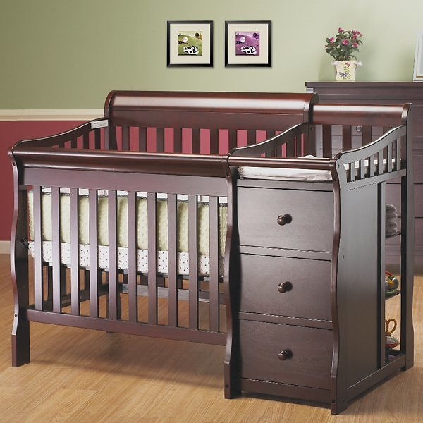 Newport 2-in-1 Convertible Mini Crib and Changer
