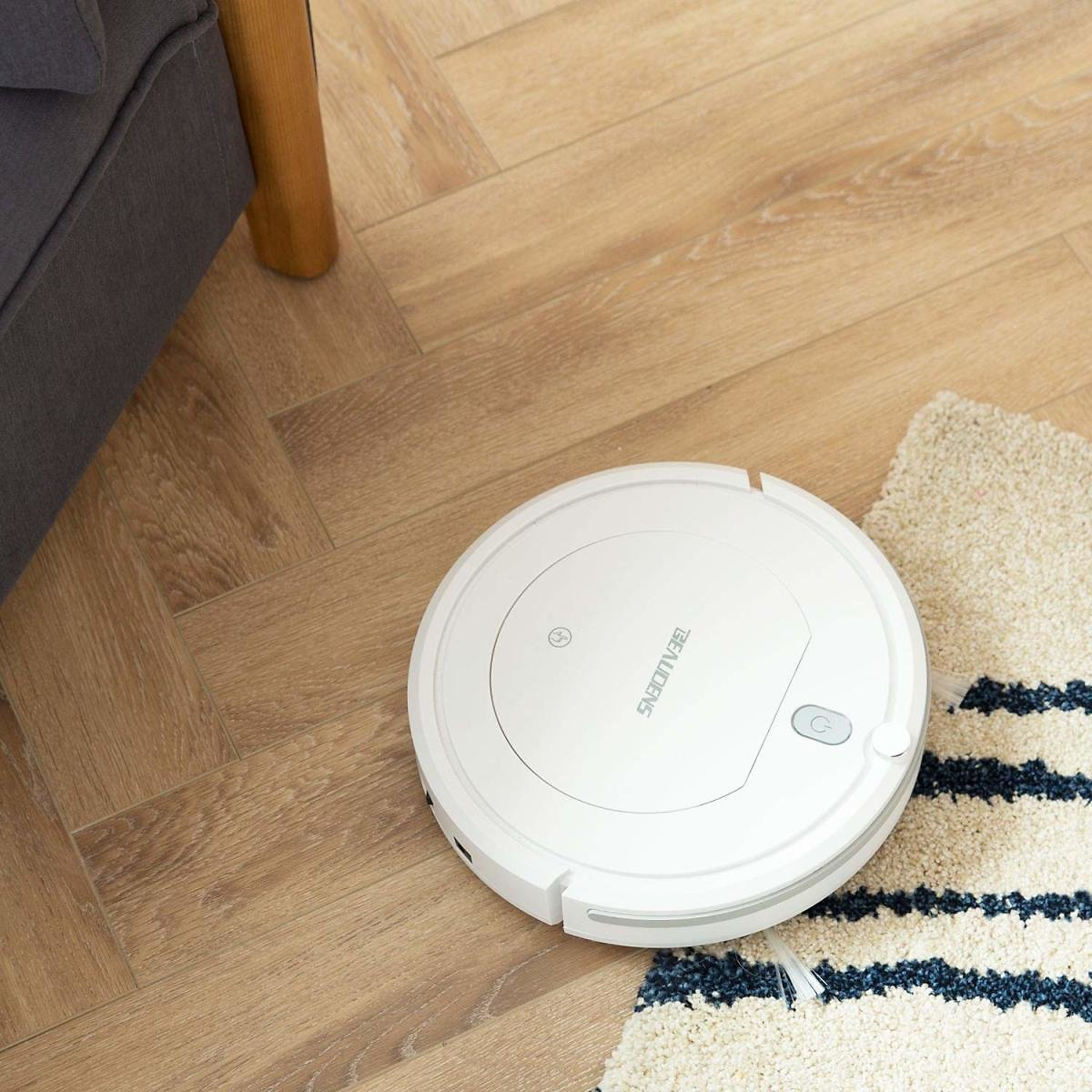 (Ships Free) BEAUDENS Robot Vacuum Cleaner with Slim Design