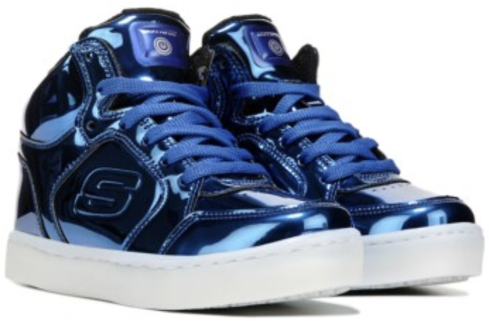 Up to 55% + Extra 15% Off Skechers Sneakers, Boots & More @Famous Footwear