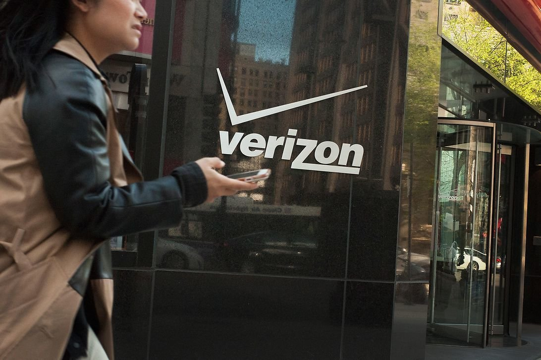 Verizon Cuts Upgrade Fee to $20 If You Purchase Online or in App