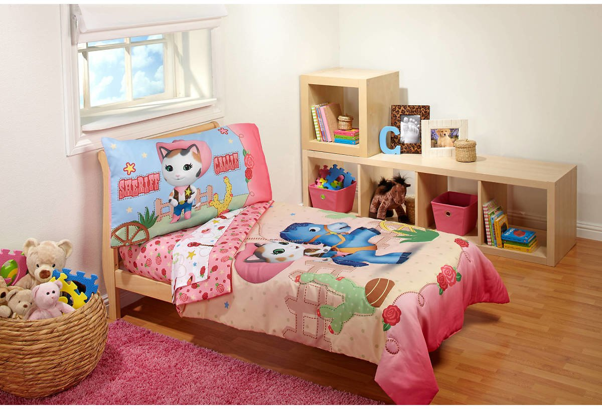 Sheriff Callie Cowgirl 3-Piece Toddler Bedding Set with BONUS Matching Pillow Case