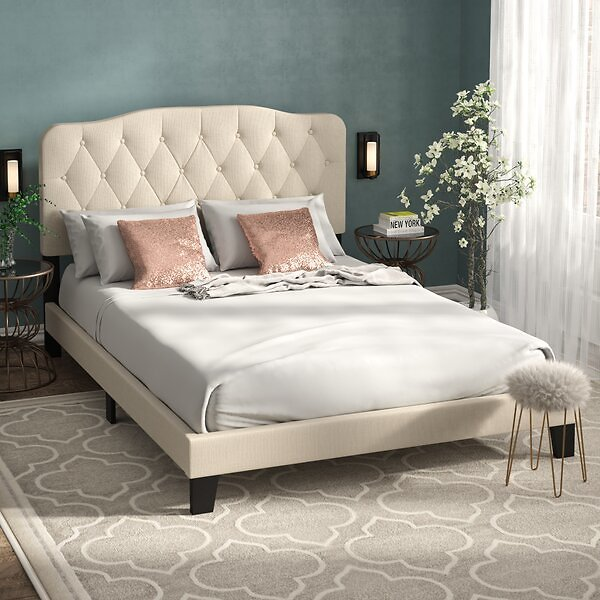 Chesterwood Upholstered Standard Bed