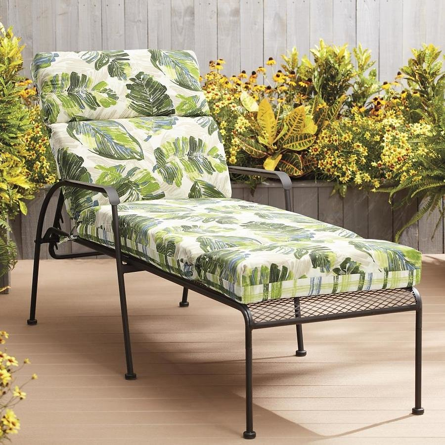 Garden Treasures Palm Leaf and Plaid Patio Chaise Lounge Chair Cushion