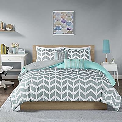 DEAL OF THE DAY Save 25% College Dorm Fashion Bedding Collection