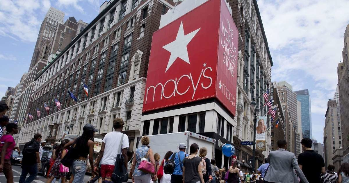 Retailers Struggled During Boom Times. What Happens If There's a Recession?