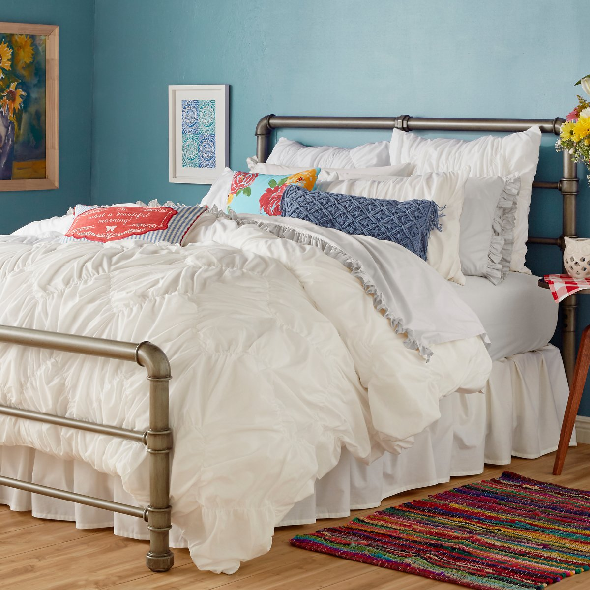 The Pioneer Woman Ruched Chevron Comforter, White - Full /Queen