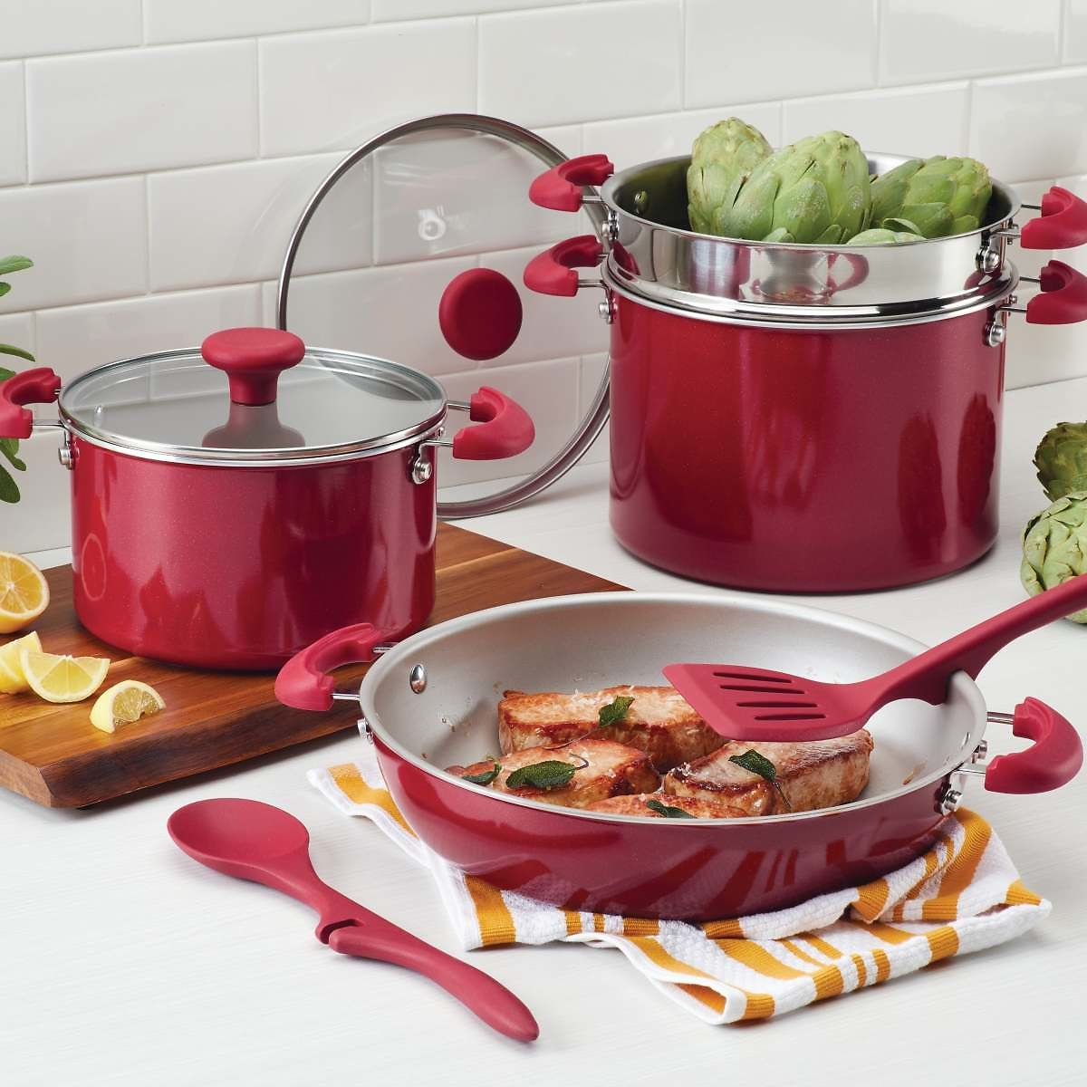 Rachael Ray Create Delicious Stackable Nonstick 8-Pc. Cookware Set (2 Colors)