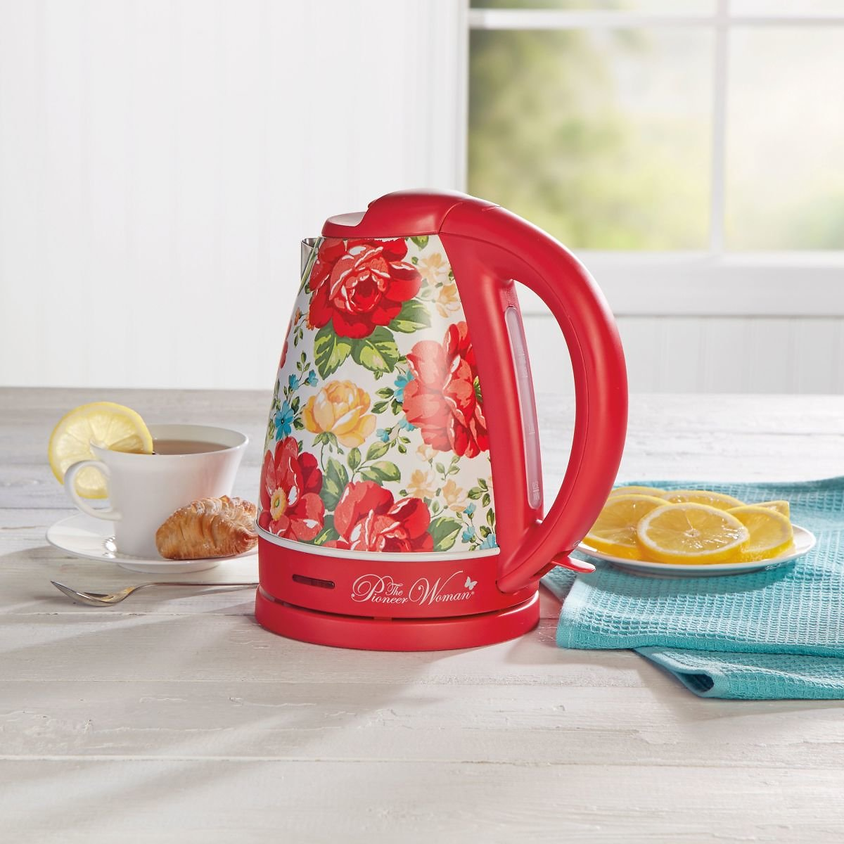 The Pioneer Woman 1.7-L Electric Kettle