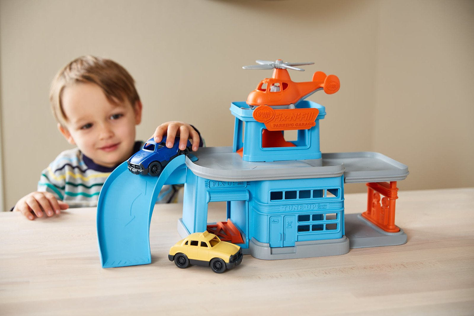 Price Drop! Green Toys Parking Garage with 3 Vehicles