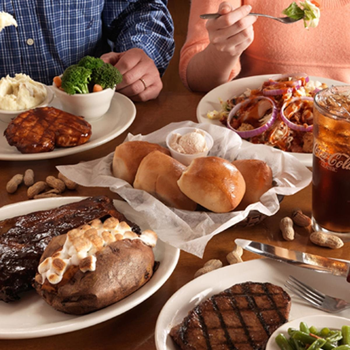 Texas Roadhouse Family Packs from $19.99!