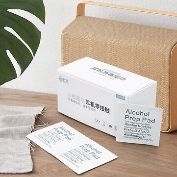 50 Pcs 60*60mm 75% Alcohol Wet Wipe Disposable Disinfection Prep Swap Pad Antiseptic Skin Cleaning Cloths Health Care