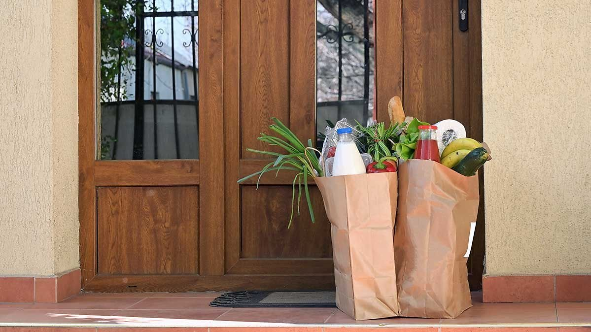 Tips and Tricks for Getting Groceries During The Coronavirus Pandemic