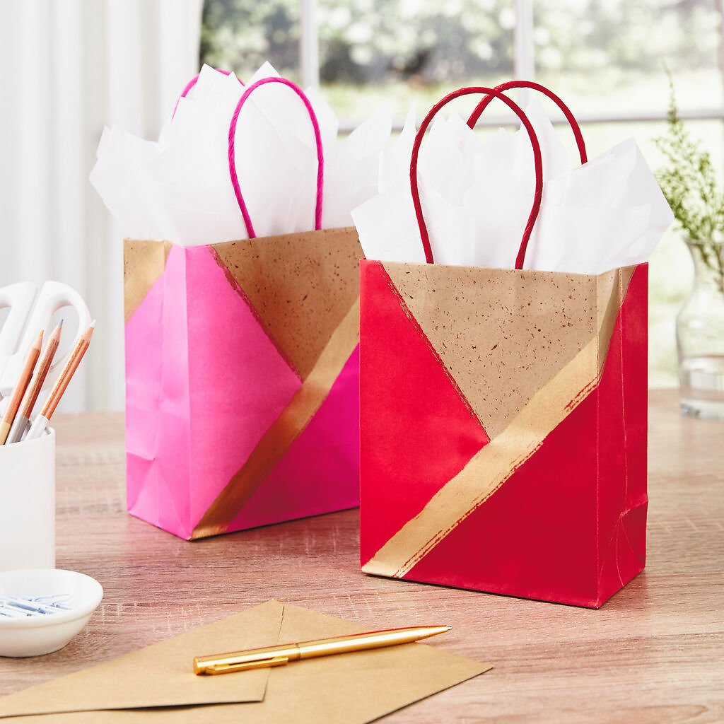 Free 2-Pack Gift Bags + Free Shipping