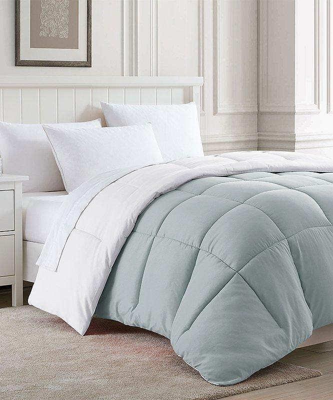White & Platinum Reversible Down-Alternative Comforter