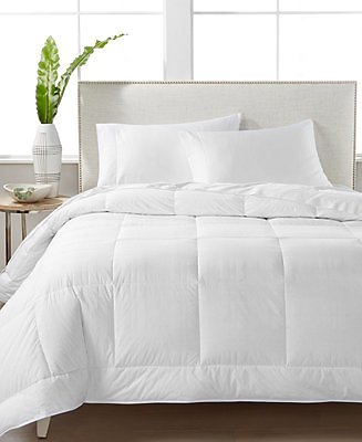Hotel Collection. White Down 400-Thread Count Medium Weight Full/Queen Comforter, Created for Macy's