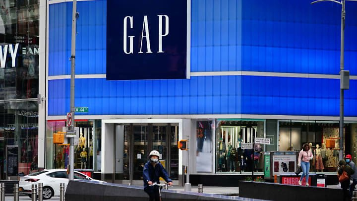 Gap's Sales Fall 43% Due to Coronavirus Pandemic