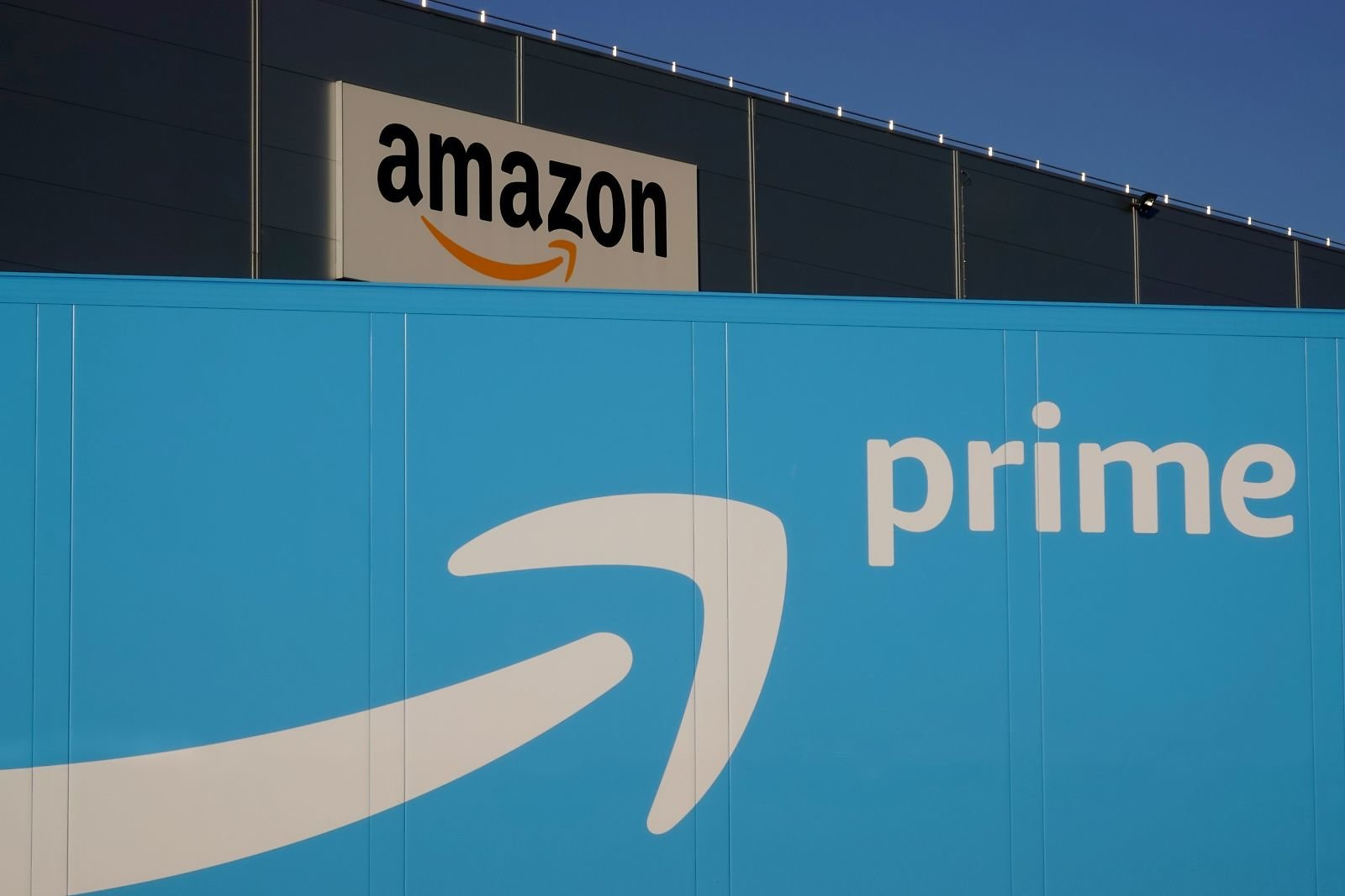 Amazon Customers Are Less Happy with The Service Despite a Massive Boost from Coronavirus Lockdowns