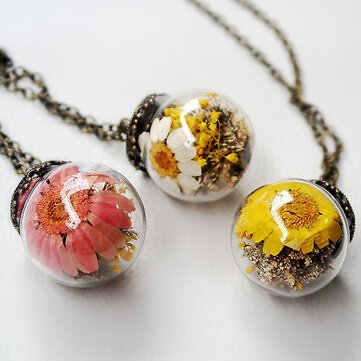 Vintage Daisy Transparent Glass Ball Necklace Handmade Dried Flower Pendant Long NecklaceJewelryfromJewelry,Watches & Accessorieson Banggood.com