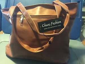 (1) Brand New Purse. New Women's Handbag - Large & Fashionable - PERFECT GIFT!
