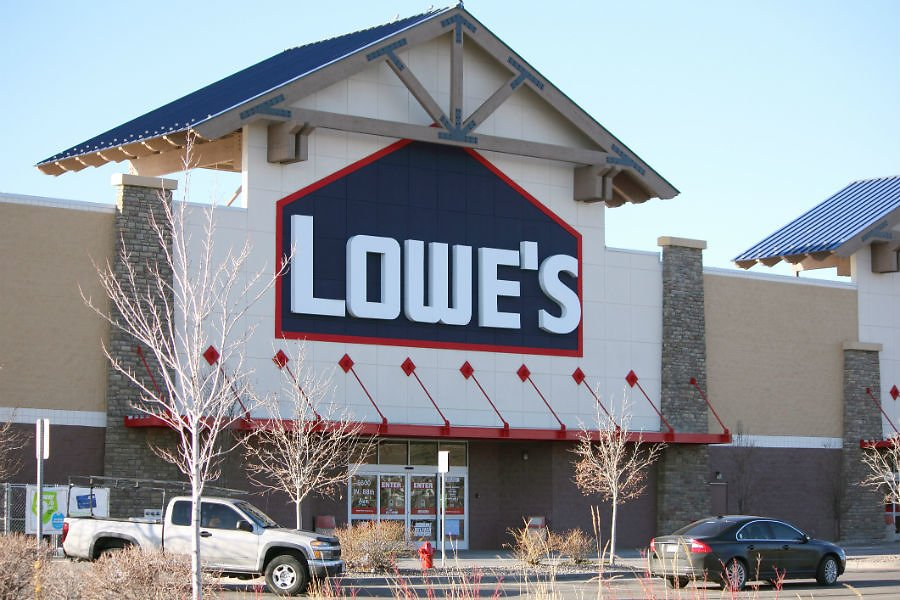 Home Depot, Lowe's Announce Mandatory Face Mask Policies
