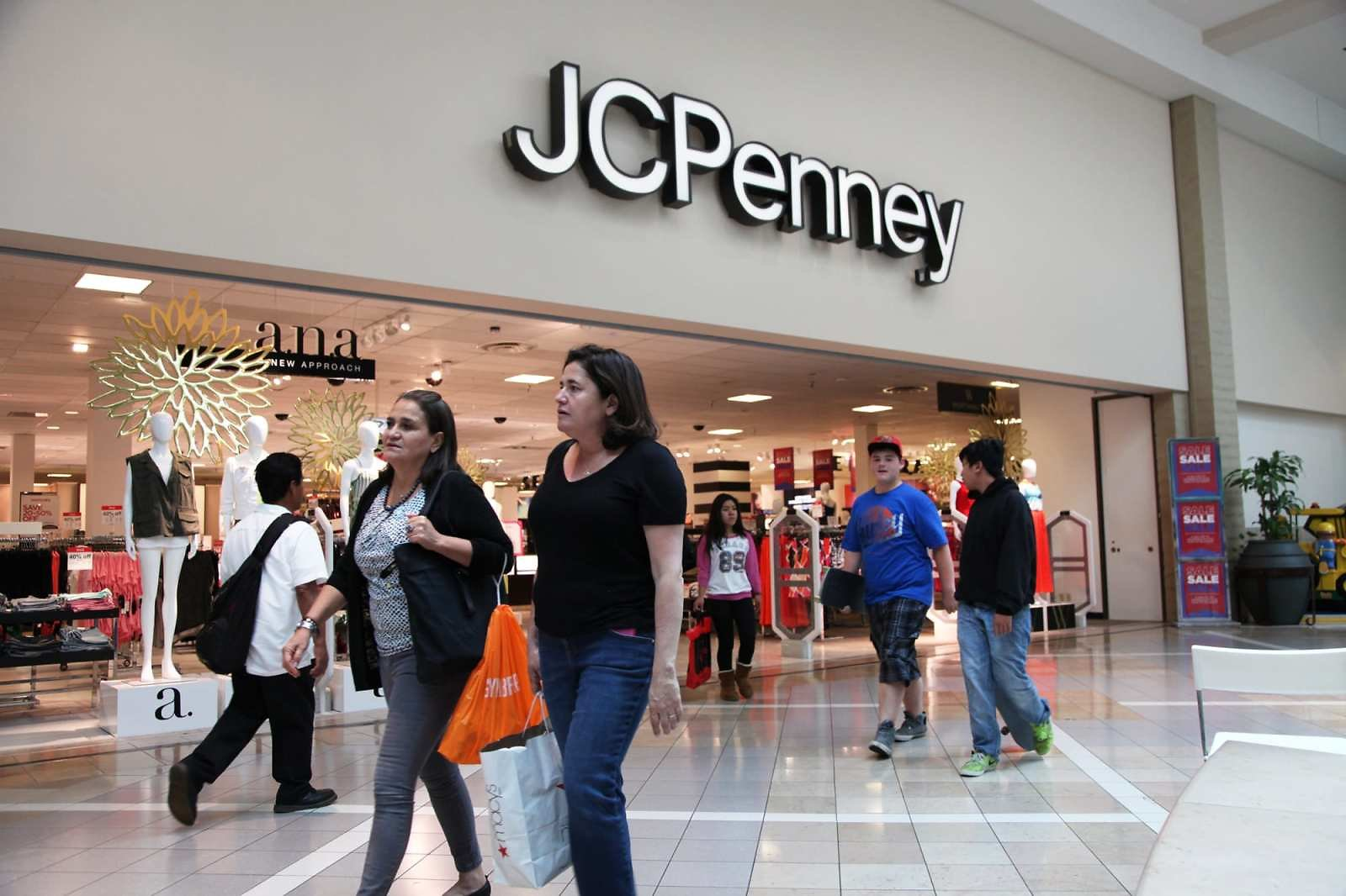 J.C. Penney Liquidation 'not in The Cards,' As Retailer Moves Toward a Sale This Fall