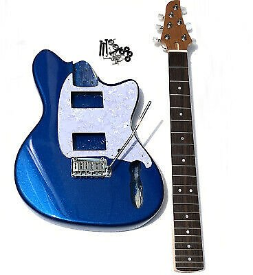 Custom Shop Electric Guitar In Blue Color