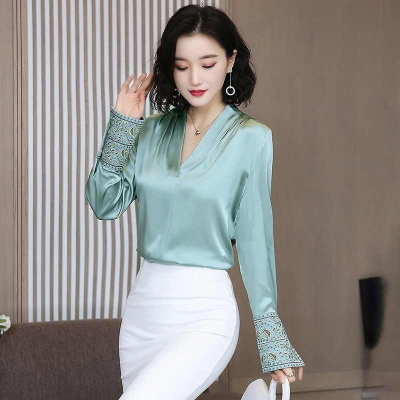Korean Silk Women Shirts Women Satin Blouse Shirt Plus Size Elegant Woman Long Sleeve Embroidery Blouses Womens Tops and Blouses