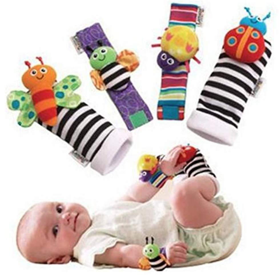 Set 4PCS Cute Animal Soft Baby Socks Toys Wrist Rattles and Foot Finders for Fun Reindeer