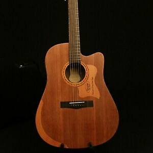 New Arrival 41In Electric Acoustic Guitar Engrave Pruce Top Gold Hardware