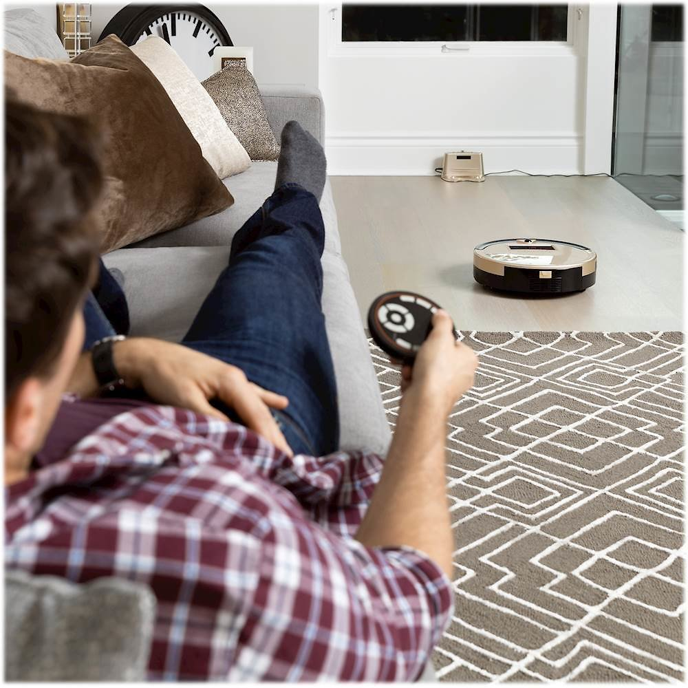 BObsweep Bob PetHair Robot Vacuum and Mop Champagne