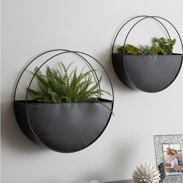Charry 2-Piece Metal Hanging Planter Set