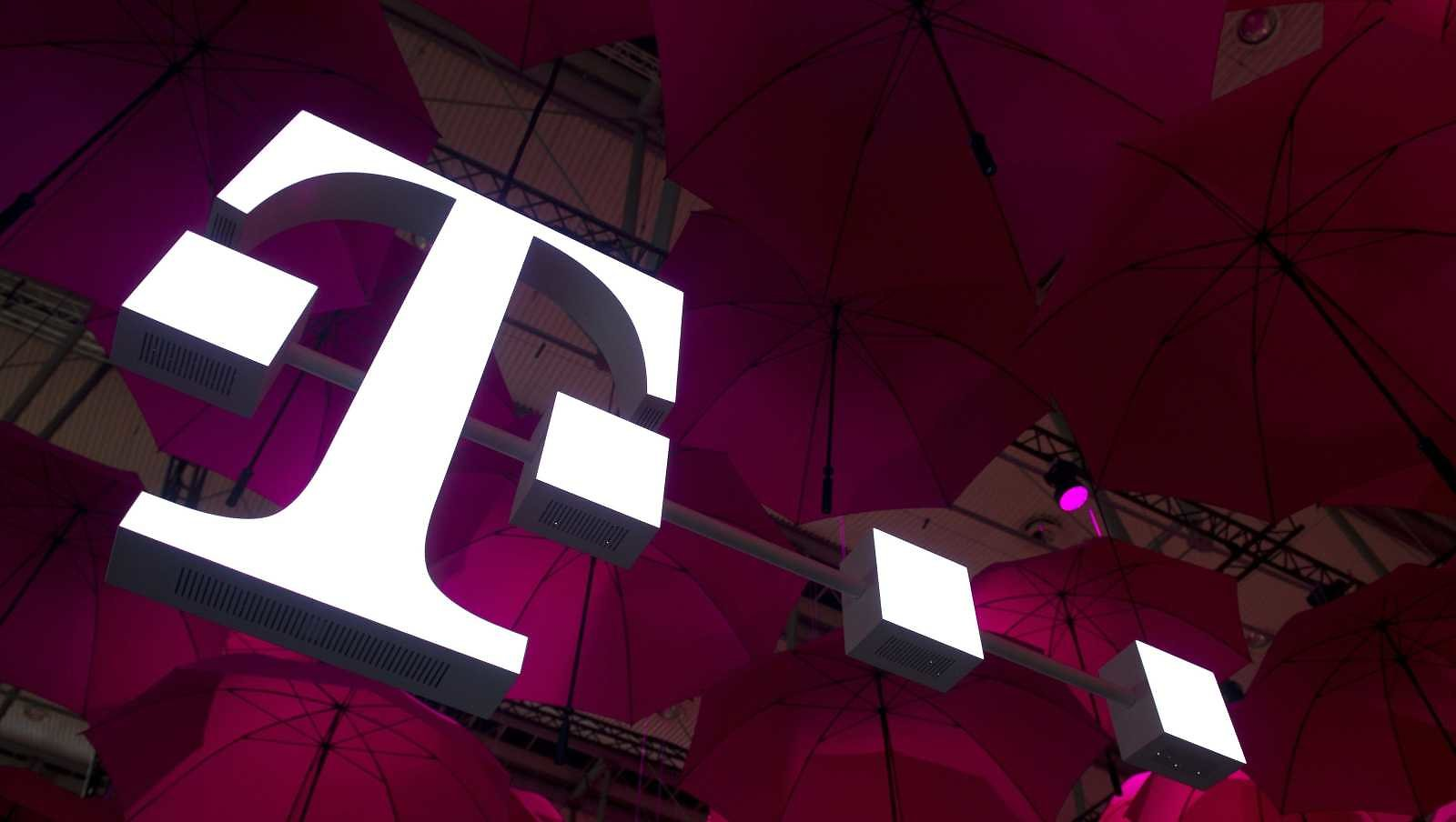T-Mobile Plans to Give Free Internet to 10 Million Students for Remote Learning, Homework
