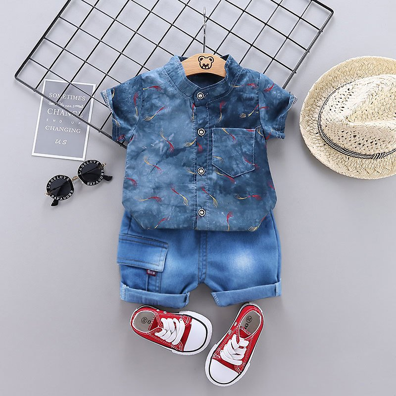 Brush Print Short-sleeve Top and Jeans Set
