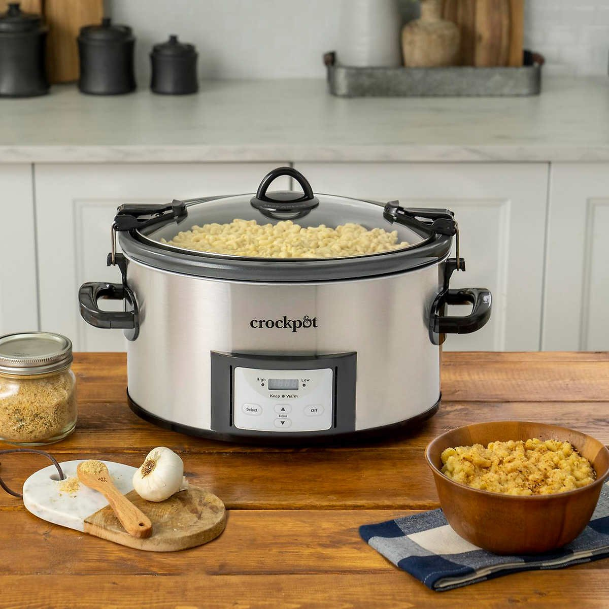 Crock-Pot 7-Qt Easy Clean Slow Cooker with Locking Lid