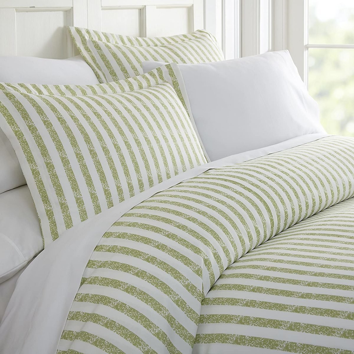 Ienjoy Home 3 Piece Rugged Stripes Patterned Home Collection Premium Ultra Soft Duvet Cover Set, Queen, Sage