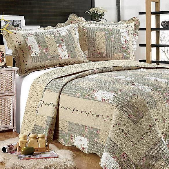 Tradition Premium Printed Reversible Quilt Sets