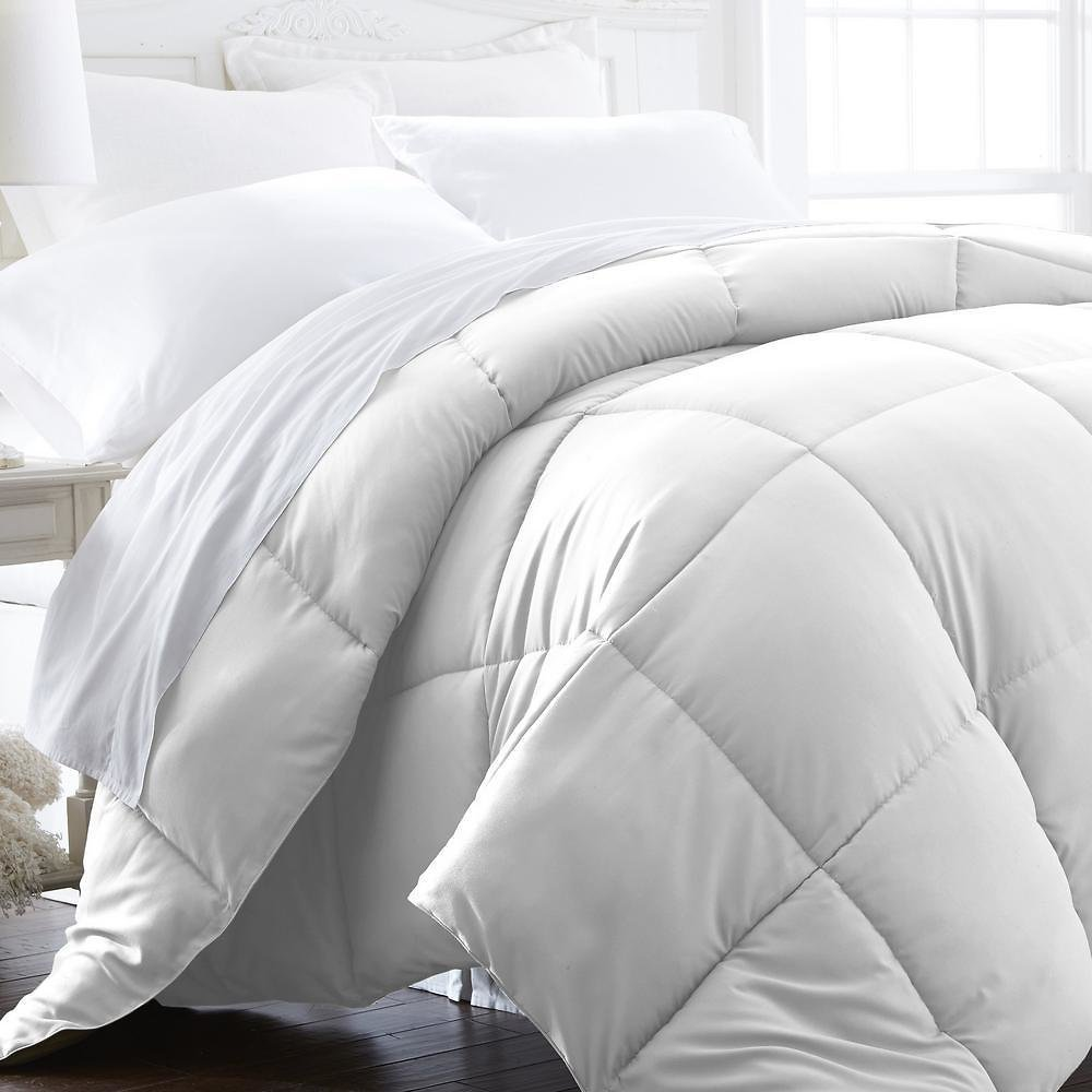 All-Season Down Alternative Hypoallergenic Comforter