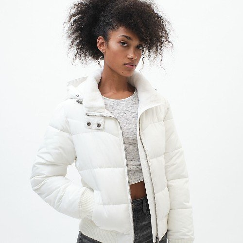 Classic Hooded Puffer Jacket (3 Colors)