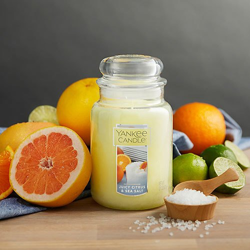 Yankee Juicy Citrus & Sea Salt Candle