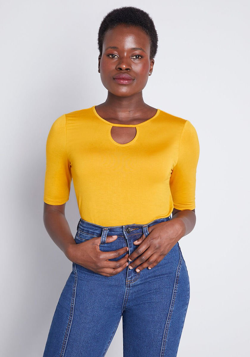 Simple Is in Keyhole Top