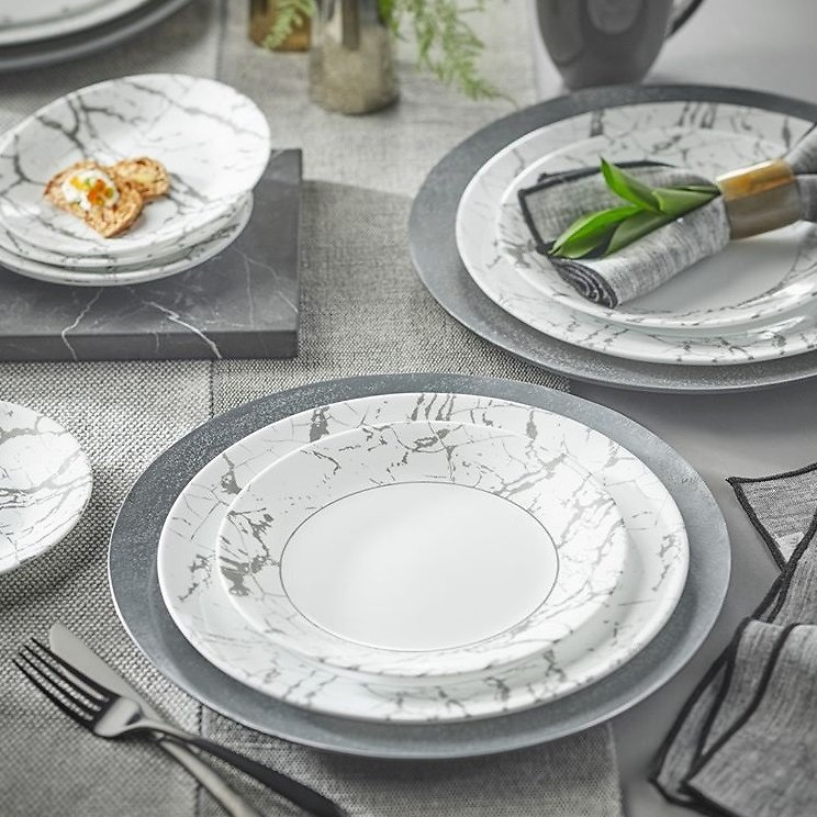 Plates Clearance from just $4.25