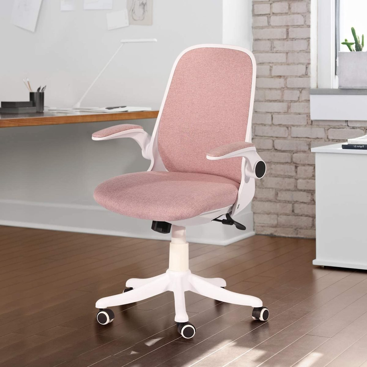 VECELO Home Office Chair with Flip-up Arms and Adjustable Height for Task/Desk Work, Pink