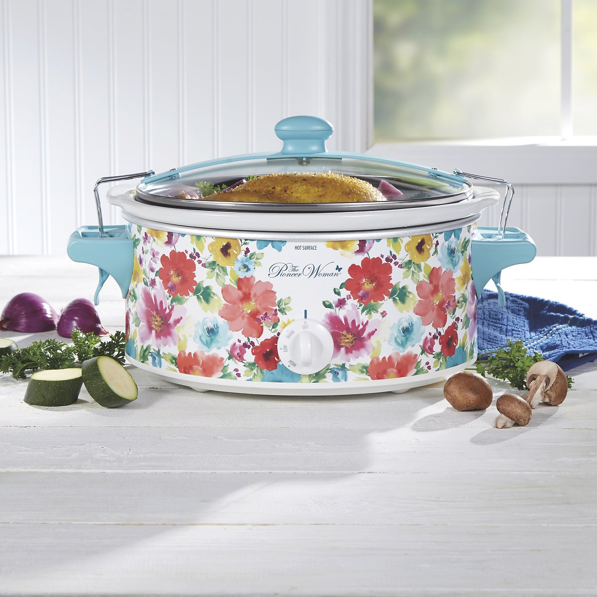 The Pioneer Woman Breezy Blossom 6 Quart Portable Slow Cooker