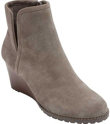 EXTRA 50% OFF Rockport Hollis Vcut Bootie (Women's)