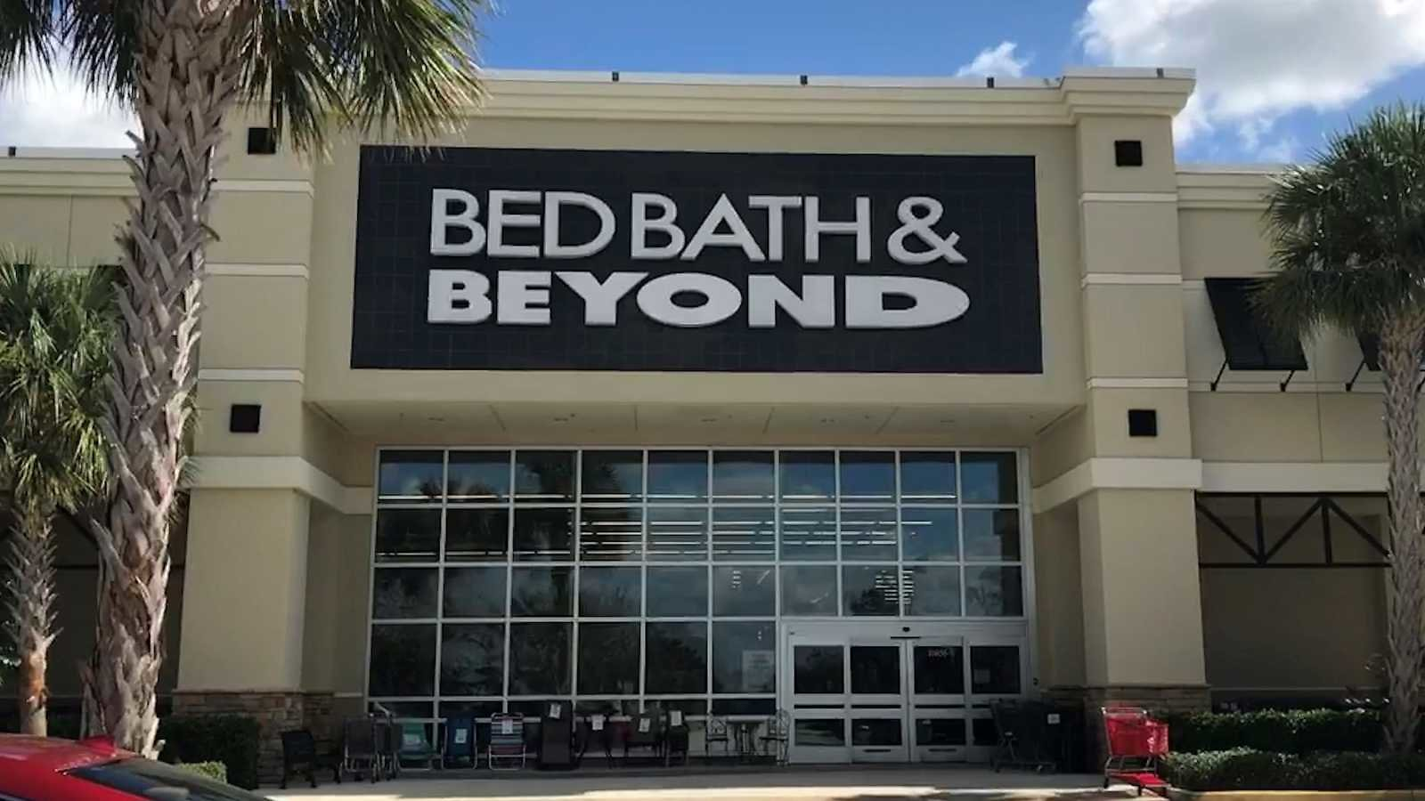 Spending The Holidays At Home Amid COVID-19? Bed Bath & Beyond Begins Rolling Out Deals