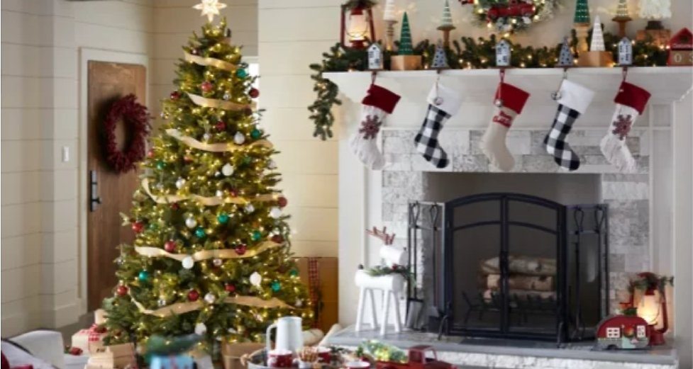 Christmas & Holiday Decorations - Lowes
