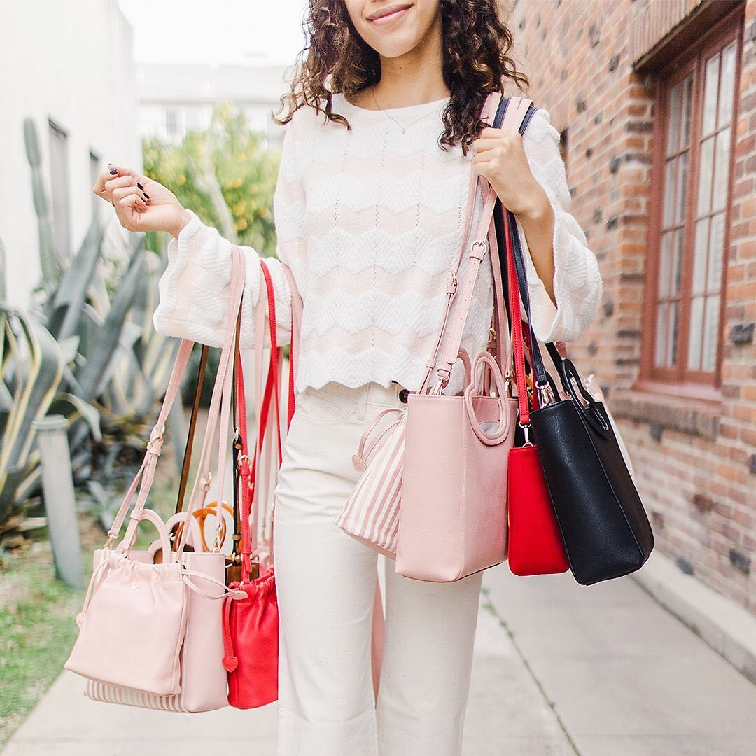 Up to 60% Off Women's Handbags + Extra 30% Off