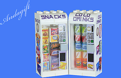 LEGO Drinks and Snack Vending Machines Food Fridge Train Station Shop
