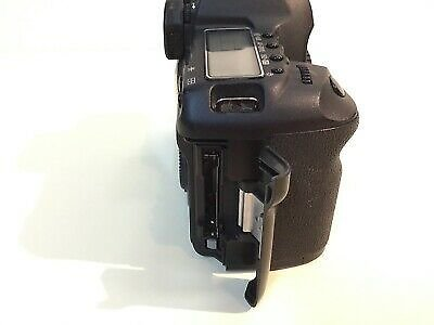 Canon 5d Mark II 24.6 MP Professional Digital Camera Excellent Condition